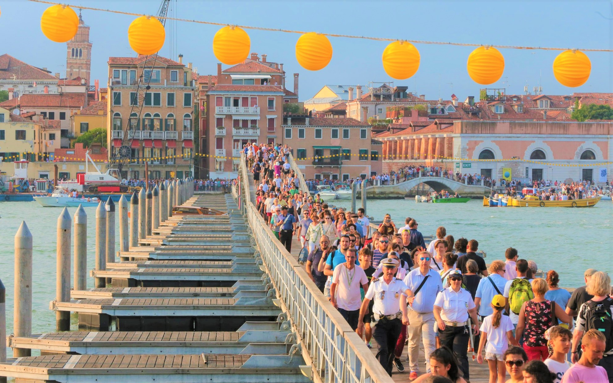 festa del redentore ponte votivo oreficeria meneghetti orafo di venezia gioielleria.jpg